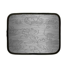 Embossed Rose Pattern Netbook Case (small)