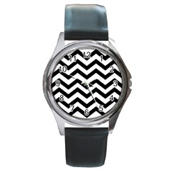 Black And White Chevron Round Metal Watch