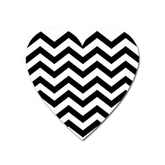 Black And White Chevron Heart Magnet by BangZart