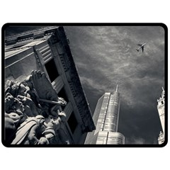 Chicago Skyline Tall Buildings Double Sided Fleece Blanket (large)