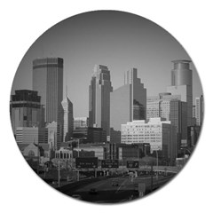 Minneapolis Minnesota Skyline Magnet 5  (round)