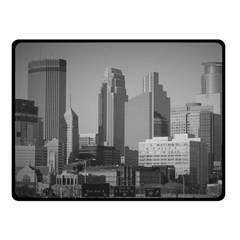 Minneapolis Minnesota Skyline Fleece Blanket (small)