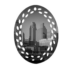 Minneapolis Minnesota Skyline Oval Filigree Ornament (two Sides)