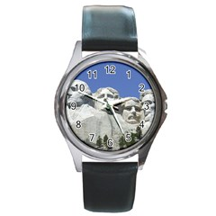 Mount Rushmore Monument Landmark Round Metal Watch
