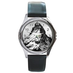 Matterhorn Switzerland Mountain Round Metal Watch