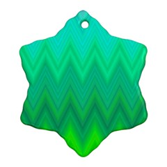 Green Zig Zag Chevron Classic Pattern Snowflake Ornament (two Sides)