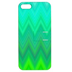 Green Zig Zag Chevron Classic Pattern Apple Iphone 5 Hardshell Case With Stand