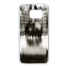 Black And White Hdr Spreebogen Samsung Galaxy S7 White Seamless Case by Nexatart
