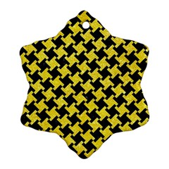 Houndstooth2 Black Marble & Gold Glitter Ornament (snowflake) by trendistuff