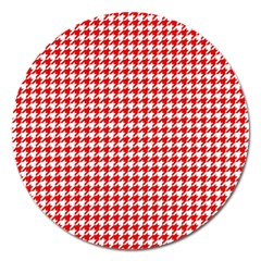 Friendly Houndstooth Pattern,red Magnet 5  (round) by MoreColorsinLife