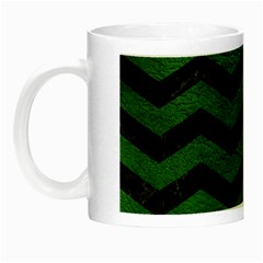 CHEVRON3 BLACK MARBLE & GREEN LEATHER Night Luminous Mugs