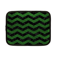 CHEVRON3 BLACK MARBLE & GREEN LEATHER Netbook Case (Small)