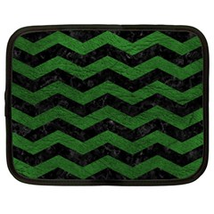 CHEVRON3 BLACK MARBLE & GREEN LEATHER Netbook Case (XXL)