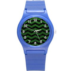CHEVRON3 BLACK MARBLE & GREEN LEATHER Round Plastic Sport Watch (S)