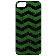 CHEVRON3 BLACK MARBLE & GREEN LEATHER Apple iPhone 5 Classic Hardshell Case
