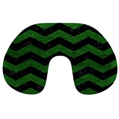 CHEVRON3 BLACK MARBLE & GREEN LEATHER Travel Neck Pillows