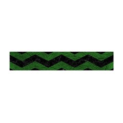CHEVRON3 BLACK MARBLE & GREEN LEATHER Flano Scarf (Mini)