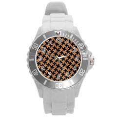 Houndstooth2 Black Marble & Light Maple Wood Round Plastic Sport Watch (l) by trendistuff