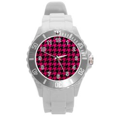 Houndstooth1 Black Marble & Pink Leather Round Plastic Sport Watch (l) by trendistuff