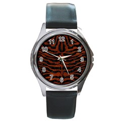 Skin2 Black Marble & Reddish Brown Leather (r) Round Metal Watch by trendistuff