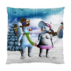 Funny, Cute Snowman And Snow Women In A Winter Landscape Standard Cushion Case (two Sides) by FantasyWorld7