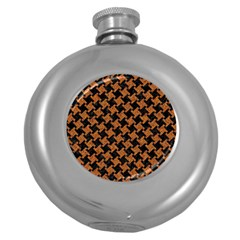 HOUNDSTOOTH2 BLACK MARBLE & RUSTED METAL Round Hip Flask (5 oz)