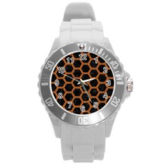 HEXAGON2 BLACK MARBLE & RUSTED METAL (R) Round Plastic Sport Watch (L)