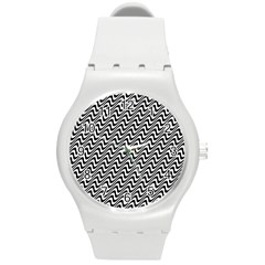 Black And White Waves Illusion Pattern Round Plastic Sport Watch (m) by paulaoliveiradesign