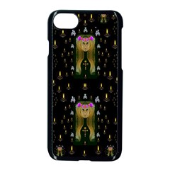 Queen In The Darkest Of Nights Apple Iphone 7 Seamless Case (black) by pepitasart