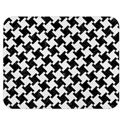 Houndstooth2 Black Marble & White Linen Double Sided Flano Blanket (medium)  by trendistuff