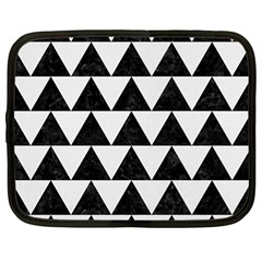 TRIANGLE2 BLACK MARBLE & WHITE LINEN Netbook Case (Large)