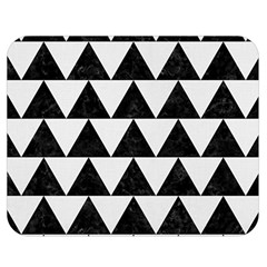 TRIANGLE2 BLACK MARBLE & WHITE LINEN Double Sided Flano Blanket (Medium)