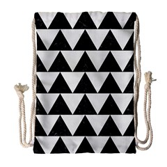 TRIANGLE2 BLACK MARBLE & WHITE LINEN Drawstring Bag (Large)