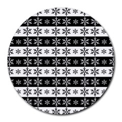 Snowflakes   Christmas Pattern Round Mousepads by Valentinaart