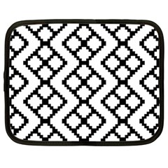 Abstract Tile Pattern Black White Triangle Plaid Chevron Netbook Case (large)