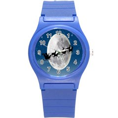 Santa Claus Christmas Fly Moon Night Blue Sky Round Plastic Sport Watch (s)