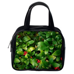 Christmas Season Floral Green Red Skimmia Flower Classic Handbags (one Side) by yoursparklingshop