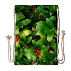 Christmas Season Floral Green Red Skimmia Flower Drawstring Bag (large) by yoursparklingshop