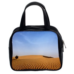 Desert Dunes With Blue Sky Classic Handbags (2 Sides)