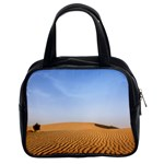 Desert Dunes With Blue Sky Classic Handbags (2 Sides) Front