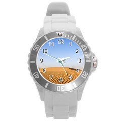 Desert Dunes With Blue Sky Round Plastic Sport Watch (l)