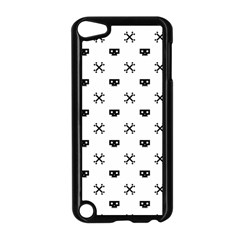 Black Pixel Skull Pirate Apple Ipod Touch 5 Case (black) by jumpercat