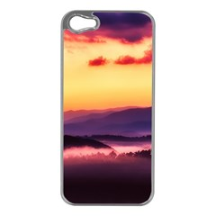 Great Smoky Mountains National Park Apple iPhone 5 Case (Silver)