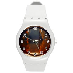 River Water Reflections Autumn Round Plastic Sport Watch (m)