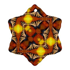 Dancing Butterfly Kaleidoscope Ornament (snowflake)
