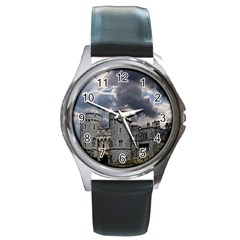 Castle Building Architecture Round Metal Watch