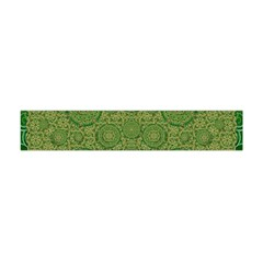 Stars In The Wooden Forest Night In Green Flano Scarf (mini)