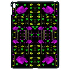 Pure Roses In The Rose Garden Of Love Apple Ipad Pro 9 7   Black Seamless Case