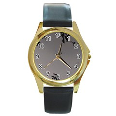 Stop Action Pigeon Round Gold Metal Watch