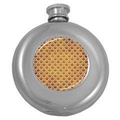SCALES2 WHITE MARBLE & YELLOW GRUNGE Round Hip Flask (5 oz)